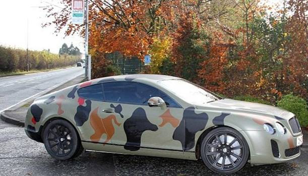 Mario-Balotelli-Wraps-Bentley-Continental-GT-in-Camouflage-U90213770798vrD--802x458@Gazzetta-Web_mediagallery-article